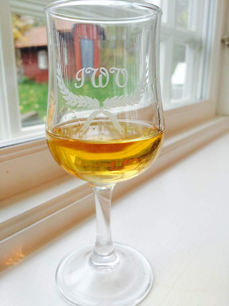 Klubbens eget whiskyglas 2014 - några enstaka finns i skrivande stund att köpa.